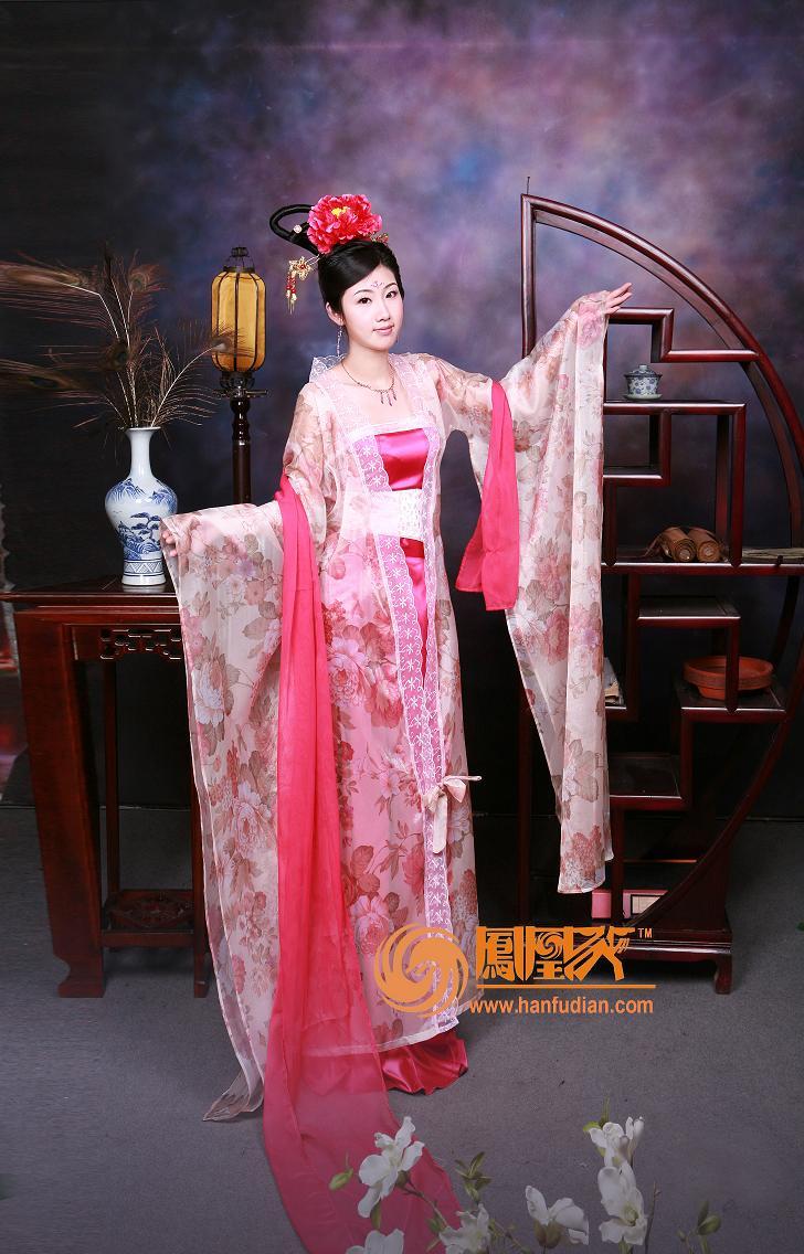 汉服,古装,古代婚服,齐胸襦裙,曲裾,唐朝婚服,明