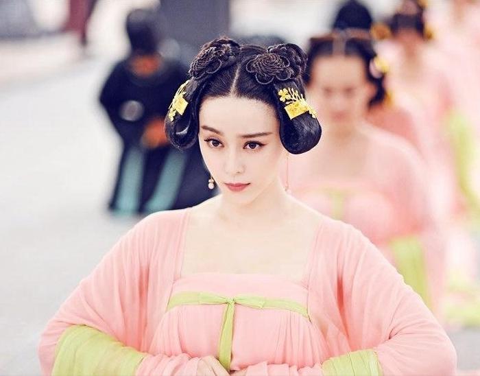 《武则天传奇》 范冰冰饰武媚娘发型