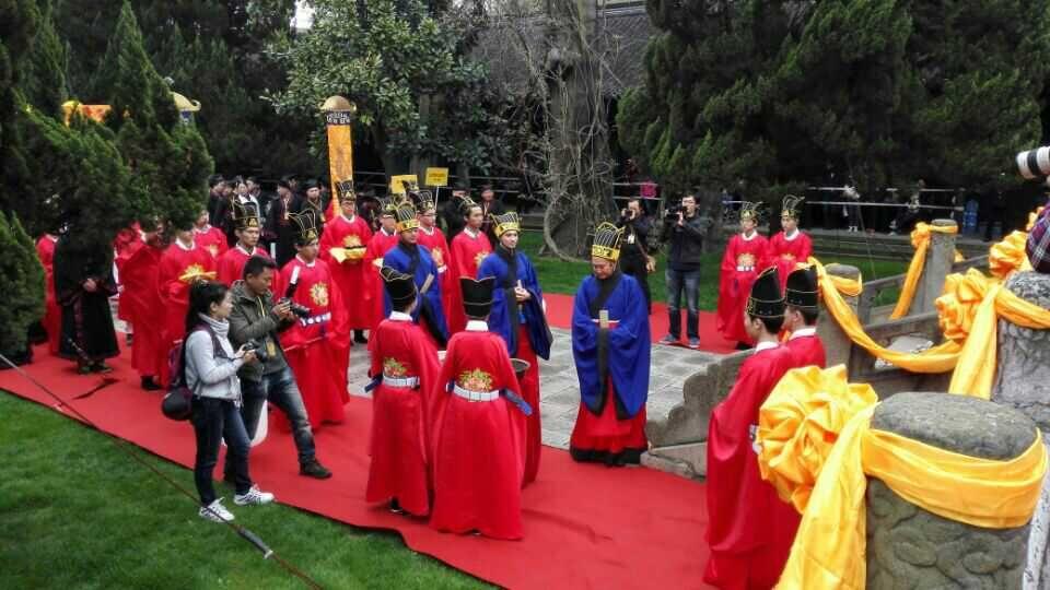 世界孔子后裔联谊会在上海嘉定文庙举行清明祭孔大典