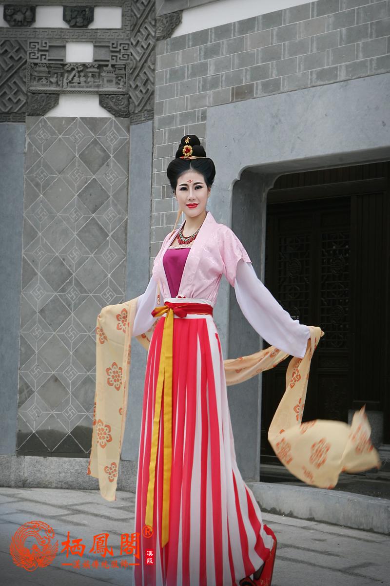 """栖凤阁汉服""""梦回大唐""""汉服新款发布会"""