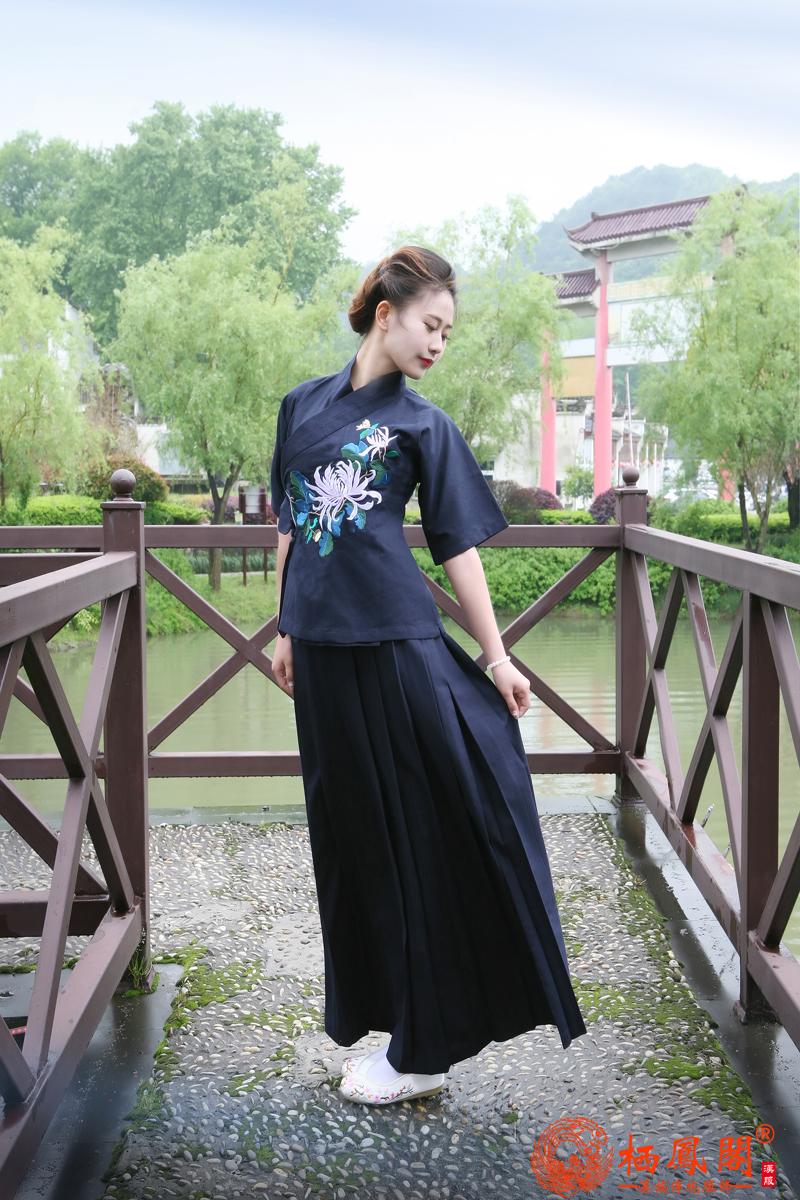 新款发布|栖凤阁亚麻棉绣花改良汉服